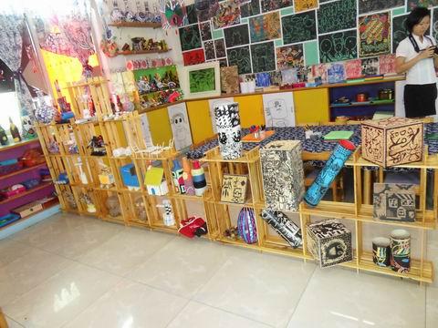 幼儿园教室货架
